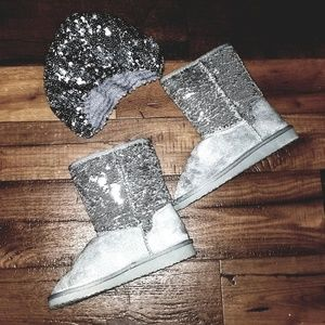 NWOT - Silver Sequins Boots